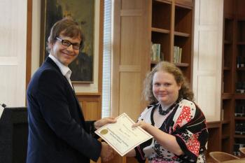 Grad Student Jessica McCain Receives an Award